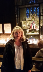 Jen in Maastricht church candles