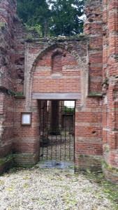 Ruinekerk in Ammerzoden (12)